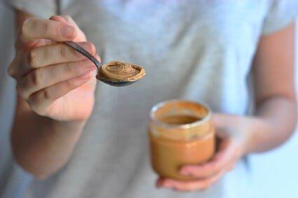will peanut butter hurt cats?
