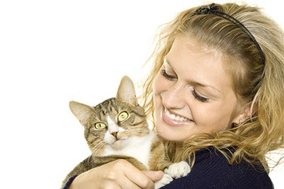 is it bad for cats to eat human hair?